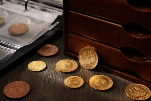 Learn the basics of coin collecting in this introduction to collecting gold coins.